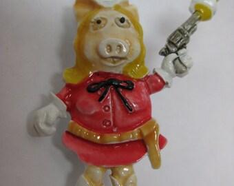 Ms. Piggy Cowgirl Gun Red Brooch Enamel Vintage Pin White