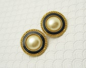 Large Button Earrings Pearl Black KJL Jewelry E6122