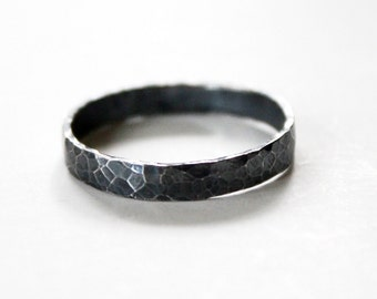 Hammered Ring Band- Sterling Silver 925 - Unisex - Wedding - Letter stamping - Black Oxidized - Engagement Ring - Purity Ring - Stamped Ring