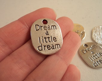 Dream a little dream - set of 5 charms - #D133