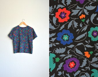 SALE / vintage '80s/'90s FLORAL print short sleeve slouchy shell BLOUSE. size s m.
