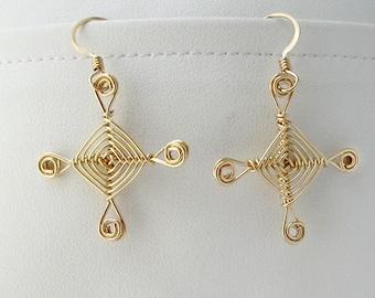 Hand woven 14kt Gold Wire Earrings, Scroll Eyes Ojos Earrings