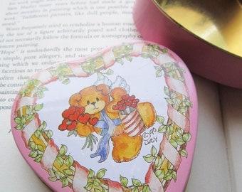 Vintage Tin Box * Vintage Pink Heart  Tin Box * 1990's  Lucy Riggs