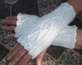 Womens Crochet Mitts, Winter Snow Mitts, Fingerless Mitts, Wristwarmers, Washable Wool, Crocheted Cable Mitts, Teen Girl, White Mittens