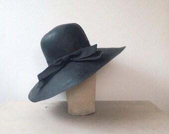 vintage straw hat / black straw hat / Black Straw Floppy hat