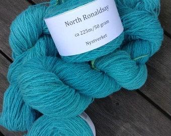 North Ronaldsay yarn, 225m/50gram, hand dyed Turqouise