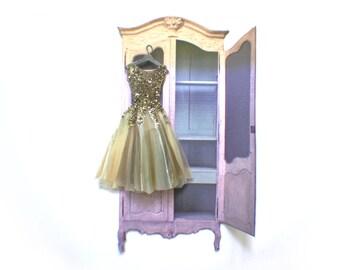 Miniature Handpainted Paper Dress --- Winning Him Back