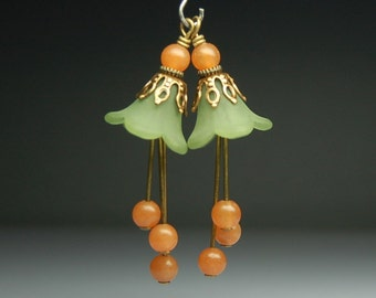 Vintage Style Bead Dangles Green Lucite Flowers Pair G438