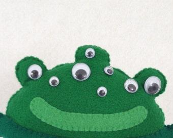 Frogmo the Alien, Felt Puppet