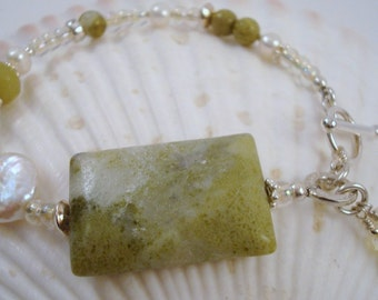 Time To Go Green...Sassy Bracelet