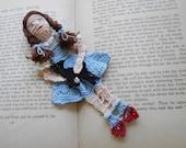 Dorothy & Toto Crochet Bookmark, reading character bookmark