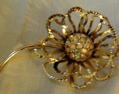 GORGEOUS - Vintage Flower  Shaped   Rhinestones Brooch - Sweater Pin - Scarf Pin - Large (Credit Cards Accepted)