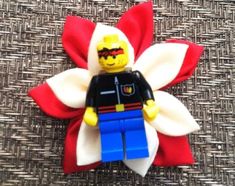 Red and Cream Lego Guy Boutonniere - Wedding boutonniere - Ring Bearer boutonniere - Groom boutonniere - Geek Wedding - Suit Accessory