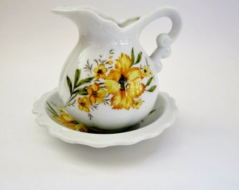 Vintage Mini Pitcher / Creamer With Under Plate - Made by Inarco Japan - Mini Pitcher With Yellow Flowers  Pattern E 5116