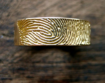 Finger Print Wedding Band in Solid 18K Yellow Gold with Glossy Finish & Custom Text Engraving Inside Size 7