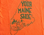 RARE Vintage BaSS SHoeS T Shirt . Maine State . Glorious Orange . ADULT size S .