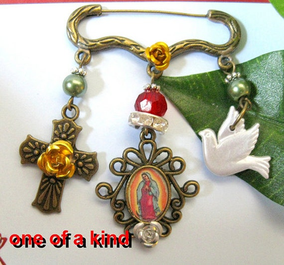 Our Lady of Guadalupe pin charms Virgen Mexican altered art catholic brooch Vintage style