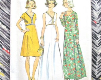 Uncut 1970s Simplicity 6030 Vintage Sewing Pattern Dress in Two Lenghts in Half Sizes Maxi Dress A-line Dress  Bust 45