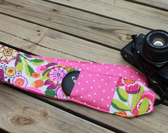 Ready to ship Monogramming is not avaiable  Wide Camera Strap for DSL camera Vera Bradley Clementine Polka Dot reverse and lens cap pocket