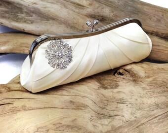 Bella Bridal with Brooch -Ivory-Wedding Purse