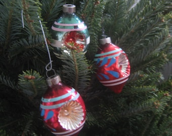 Vintage Christmas Ornaments Indent Style 50s  Made in USA