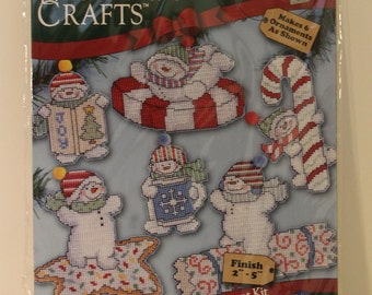6 Sweetie Snowman Christmas Ornaments Count Plastic Canvas Cross Stitch Kit