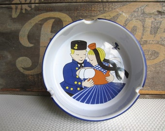 Vintage German Folk Dancing Couple Ceramic Ashtray by Waechtersbach West Germany