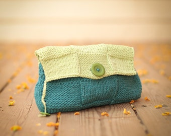 GrEEn BlUe---ClUch-CoTTon--gift --Green Button--Handmade-style