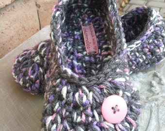 Women's Crochet Gray Slippers | Gray, Lavender and Pink Crochet Slippers | Hand Crochet Slippers | House Shoes | Crochet Booties | Slippers