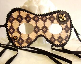 Harlequin Fleur de Lis Masquerade Mask Decoration Party Favor
