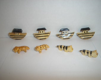 Wooden Animal/Ark Beads/Set of 8/ Craft Supplies*