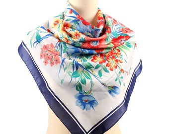 FLORAL Retro Scarf . 1980s Rural Shawl Flower Print Retro Bohemian Muffle Mod Feminine Neckerchief Girlfriend Gift