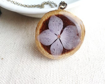 Pressed Flower Necklace Real Lavender Hydrangea Flower in Resin Wood Pendant Unique Jewelry Gardener Naturalist Gift Bridal Jewelry