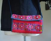 vintage BRIGHT guatemalan shoulder wallet