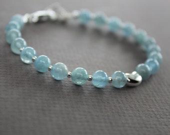 Blue aquamarine beaded sterling silver bracelet with heart - Sterling silver bracelet - Aquamarine bracelet - Beaded bracelet