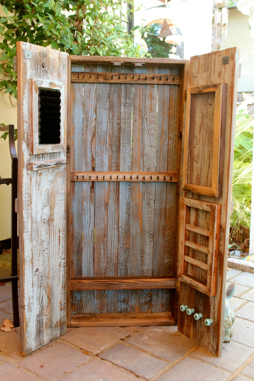 Armoire rustic home decor jewelry storage hanging - Armoire a bijoux murale ...