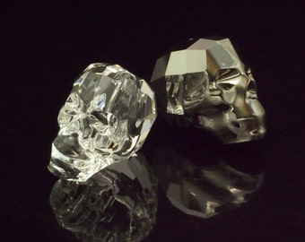 1 - 19mm Swarovski Crystal Skull Bead