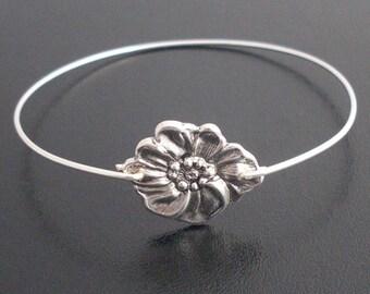 Daisy Bracelet, Floral Bracelet, Flower Bracelet, Floral Jewelry, Flower Jewelry, Daisy Jewelry, Silver Daisy Bangle Bracelet