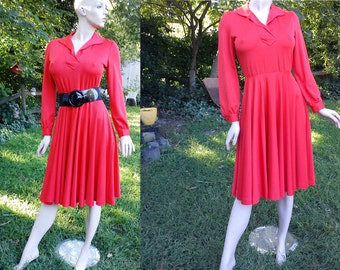70s Dress / Vintage Dress  / Swing Dress / Fit and Flare Dress in the Color of the Season--Orange! Size 10