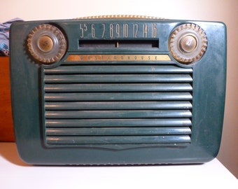 Antique or Vintage 1950 Westinghouse Radio, Model #H309P5. Color: Green. Collectible, Mid-Century, Modern