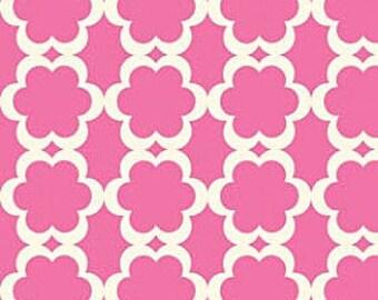 TAZA Fabric Tarika Dena Quatrefoil Print Lattice Work Creamy White and Fuchsia Pink