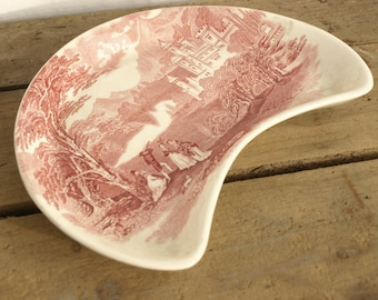 SHIPPING INCLUDED - Vintage, Crescent Shaped, Red Transferware Dish, Lovely Holiday Gift, English Pottery, Pretty, Great Catchall, Half Moon