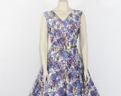 1950s Vintage Dress -  XL Floral Cotton Full Skirt Novelty Print Dress - 42 / 34 / full