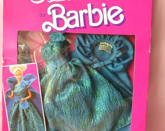 Vintage 1984 Genuine Barbie Fashion Oscar De La Renta Dress in Original Box