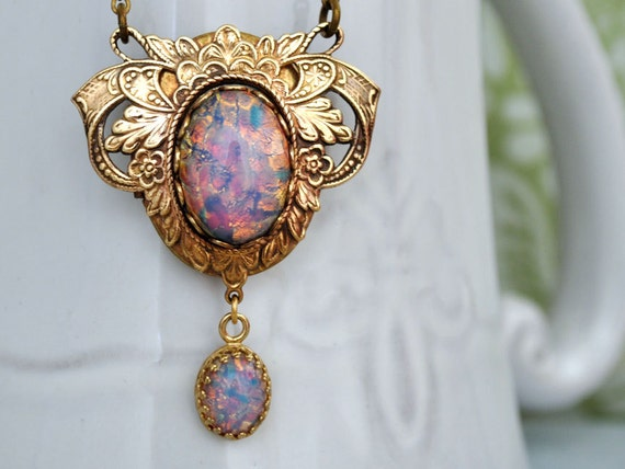 VINTAGE SPARKLE, Victorian style locket necklace with vintage pink fire opal glass cab and jewel