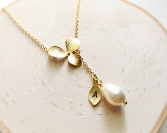Gold Bridesmaid Necklace, Gold Orchid Lariat with Initial and Pearl Necklace, Lariat Necklace, Personalized Necklace, You Choose Pearl Color