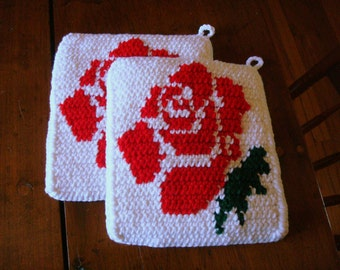 Red and White Crochet Rose Potholders - Red Rose - Gift for Bridal Shower, Wedding, Newlyweds, Housewarming, Women - Valentines Day