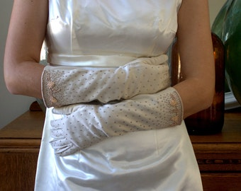 Vintage Long Beaded Gloves Bridal Gloves Long Length Wedding Gloves for Bride Off White Gold Beaded Formal Gloves Heavy Beaded Never Worn