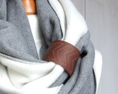 EXTRA CHUNKY Infinity Scarf with leather cuff, chevron pattern, high street fashion infinity scarf