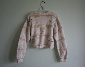 SALE Vintage Knit Sweater / Winter White Knit Crop Top / Long Sleeves / Creamy Beige Flowers / Size
